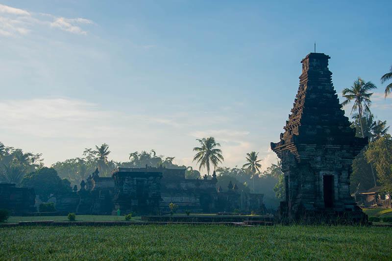 penataran-temple