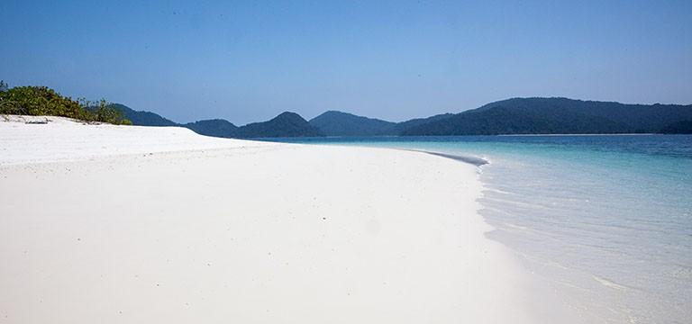 5 Secret White Sand Beaches in Asia