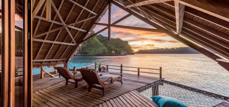 5 Gorgeous Overwater Bungalows We're Daydreaming About