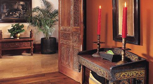 boutique hotel honeymoon vacation in malang java tugu malang. Black Bedroom Furniture Sets. Home Design Ideas