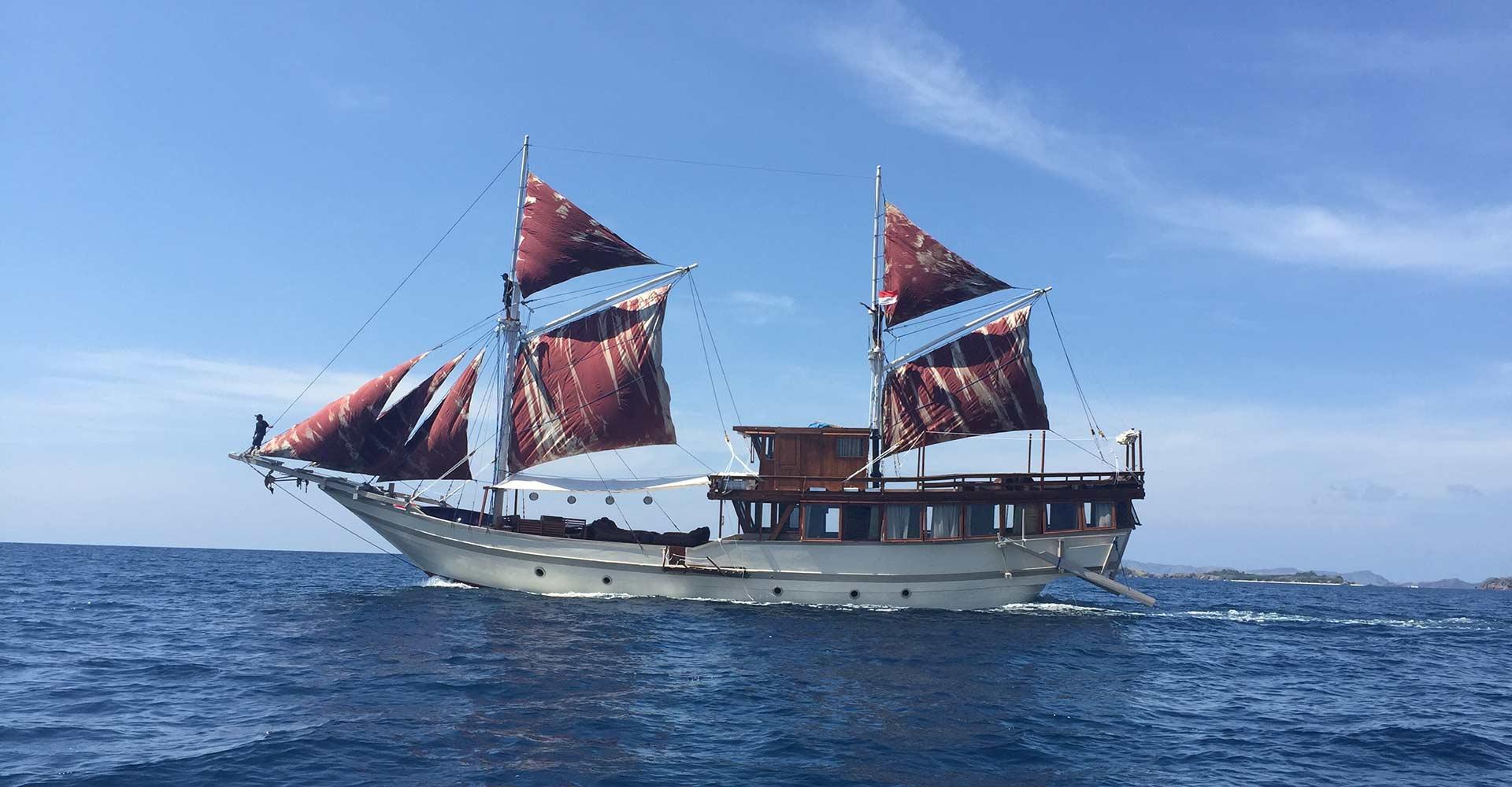 Nyaman Boat