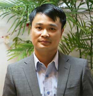Kham-vietnam-journey-host