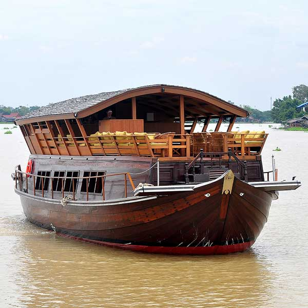 Thai Namthip Luxury Rice Barge