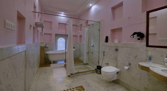 Maharaja Room (3 units)