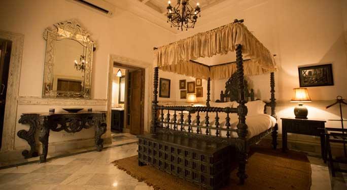 Royal Suites (3 units)