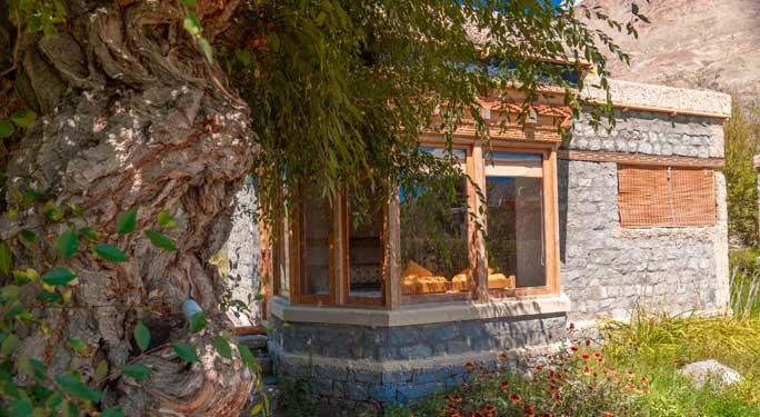Nomad Cottages (7 units)